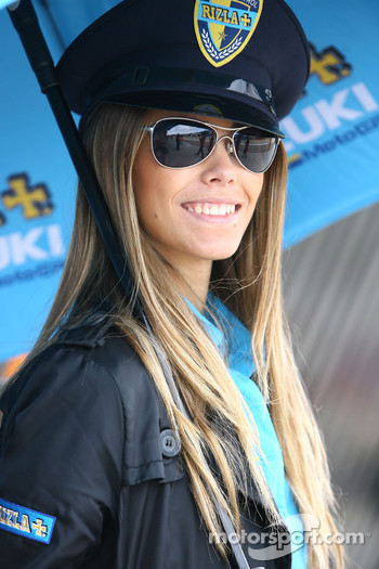 A lovely Rizla Suzuki girl