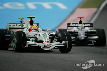 Rubens Barrichello, Honda Racing F1 Team, RA108 and Nico Rosberg, WilliamsF1 Team, FW30