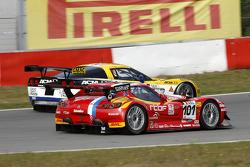 #101 Belgian Racing Gillet Vertigo: Bas Leinders, Renaud Kuppens, #5 Phoenix Racing Corvette Z06: Marcel Fassler, Jean-Denis Deletraz