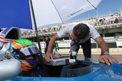 Alexander Rossi, Eurointernational and Dr. Mario Theissen, BMW Sauber F1 Team, BMW Motorsport Director