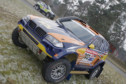 X-raid team: the #302 BMW X3 CC of Nasser Al Attiyah and Tina Thorner
