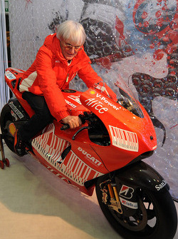 Bernie Ecclestone on the new Ducati Desmosedici GP9