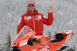 Vittoriano Guareschi with the new Ducati Desmosedici GP9