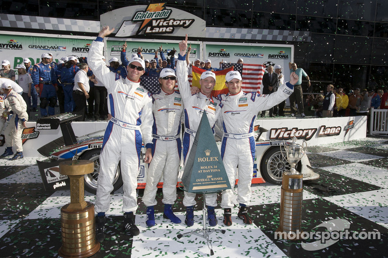 DP victory lane: class and overall winners David Donohue, Antonio Garcia, Darren Law and Buddy Rice celebrate
