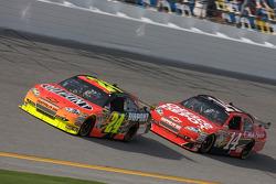 Jeff Gordon, Hendrick Motorsports Chevrolet, Tony Stewart, Stewart-Haas Racing Chevrolet