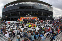 Victory lane: overall view as race winner Jeff Gordon, Hendrick Motorsports Chevrolet celeberates with his team
