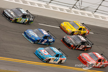 A.J. Allmendinger, Richard Petty Motorsports Dodge, Kurt Busch, Penske Racing Dodge, Carl Edwards, Roush Fenway Racing Ford