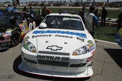 John Andretti's car on the pre-race grid