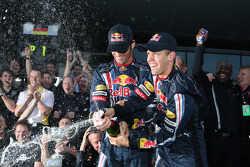 Race winner Sebastian Vettel, Red Bull Racing celebrates with Mark Webber, Red Bull Racing