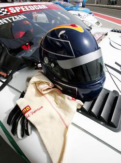 The helmet of Heinz-Harald Frentzen Team Lavaggi