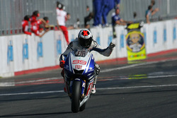 Race winner Jorge Lorenzo, Fiat Yamaha Team celebrates