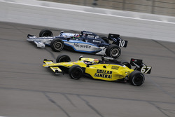 Dario Franchitti, Target Chip Ganassi Racing and Sarah Fisher, Sarah Fisher Racing run together