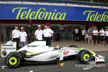 Nick Fry, BrawnGP, Chief Executive Officer, Rubens Barrichello, Brawn GP, The Terminator, Jenson Button, Brawn GP, Ross Brawn Brawn Grand Prix Team Principal