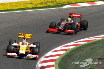 Fernando Alonso, Renault F1 Team, Lewis Hamilton, McLaren Mercedes
