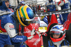 Pit stop for #10 Team Oreca Matmut - AIM Courage-Oreca LC70 - AIM: Stéphane Ortelli, Bruno Senna