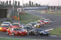 #50 AF Corse Ferrari 430 GT2: Toni Vilander, Gianmaria Bruni, #40 Marc VDS Racing Team Ford GT: Bas Leinders, Renaud Kuppens