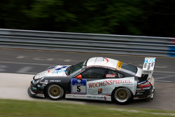 #5 Wochenspiegel Team Manthey Porsche 911 GT3: Georg Weiss, Peter-Paul Pietsch, Michael Jacobs, Martin Ragginger