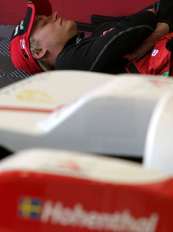 Sebastian Hohenthal relaxes before the start of the practice session