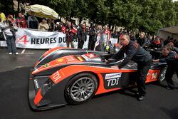 Team Kolles Audi R10 TDI at scrutineering