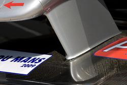 Audi Sport Audi R15 TDI front end bodywork detail