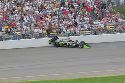 Ernesto Viso, HVM Racing wrecks in turn 4