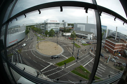 Porscheplatz and a view of the Zuffenhausen production plant