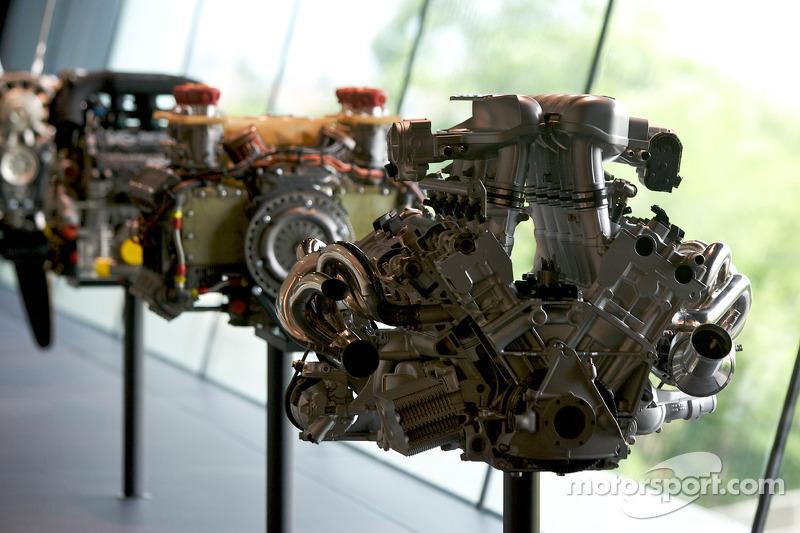 Porsche V10 engine