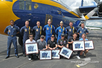 Fat Albert flight crew along with IndyCar Series drivers Dario Franchitti, Scott Dixon, Mike Conway, Ernesto Viso and Hideki Mutoh