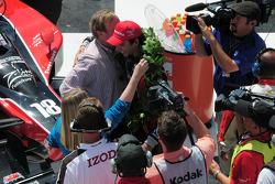 Victory lane: race winner Justin Wilson, Dale Coyne Racine, hugs owner Dale Coyne
