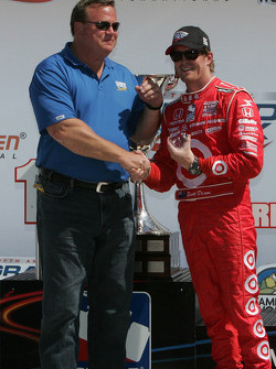 Podium: third place Scott Dixon, Target Chip Ganassi Racing