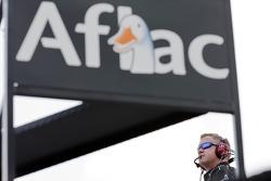 Aflac crew chief Bob Osborne