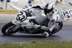 The #23 Jordon Suzuki GSX-R1000 of Aaron Yates