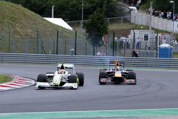 Rubens Barrichello, BrawnGP, Sebastian Vettel, Red Bull Racing