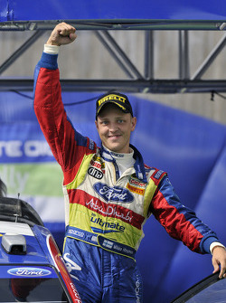 Podium: winner Mikko Hirvonen
