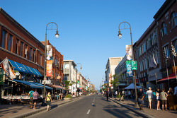 The calm before the storm: Boulevard des Forges in downtown Trois-Rivières, on Thursday evening before the Grand Prix crowd comes in