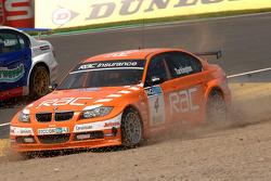 Colin Turkington goes through gravel