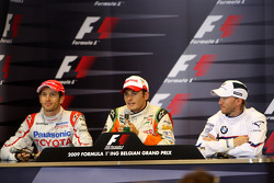 Jarno Trulli, Toyota Racin, Giancarlo Fisichella, Force India F1 Team, Nick Heidfeld, BMW Sauber F1 Team