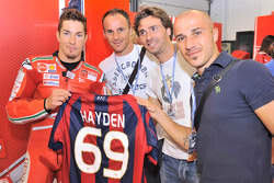 Nicky Hayden, Ducati Marlboro Team with Bologna FC football players Salvatore Lanna, Luigi Lavecchia and Francesco Valiani