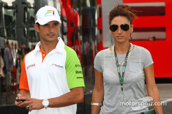 Vitantonio Liuzzi, Force India F1 Team and his girlfriend