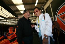 Nigel Mansell and AIM adviser (and ex-Honda F1 head) Yoshitoshi Sakurai