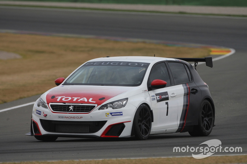 tcr-valencia-march-testing-2016-aurelien