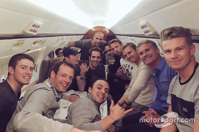Paul di Resta, Alexander Wurz, Felipe Massa, Max Verstappen, Jean-Eric Vergne, Esteban Gutiérrez, Jenson Button, Nico Rosberg, David Coulthard, y Nico Hulkenberg