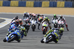 Valentino Rossi, Yamaha Factory Racing, Aleix Espargaro, Team Suzuki MotoGP