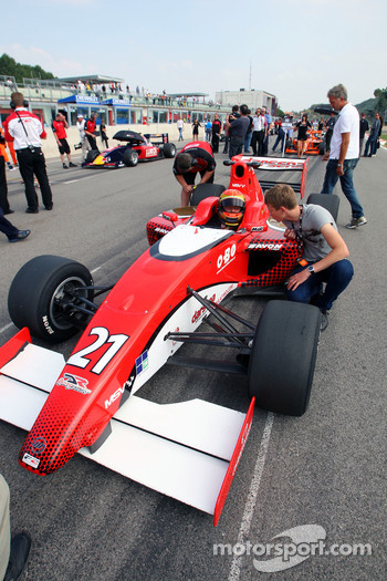 Kazim Vasiliauskas on the grid