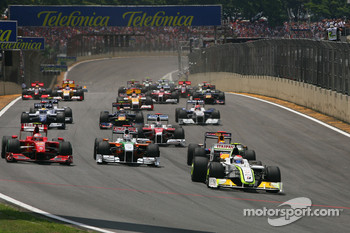 Rubens Barrichello, BrawnGP leads the start of the race