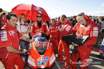 Casey Stoner, Ducati Marlboro Team