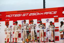 GT300 podium: winner #81 Daishin Advan Ferrari: Takayuki Aoki, Tomonobu Fujii, Koji Aoyama, second Place #7 M7 Mutiara Motors Amemiya SGC-7: Nobuteru Tanigichi, Ryo Orime, third place #19 Wedssport IS350: Manabu Orido, Tatsuya Kataoka