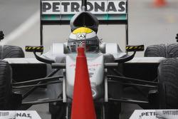 Nico Rosberg, Mercedes GP, practice pitstops