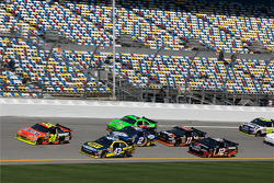Jeff Gordon, Hendrick Motorsports Chevrolet and A.J. Allmendinger, Richard Petty Motorsports Ford lead a group of cars