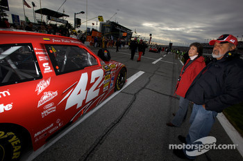 Parents of Juan Pablo Montoya, Earnhardt Ganassi Racing Chevrolet